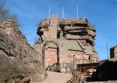 Ruines du château de Hohbarr ou Haut-Barr -  Château du Haut-Barr, Chapelle IMG_5669