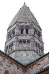 Eglise Sainte-Foy - Alsace, Bas-Rhin, Sélestat, Église Sainte-Foy (PA00084981, IA00124586): Tour de croisée (XIIe).
