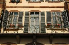 Ancien Hôtel Weitz - English: Strasbourg, balcony of 3 quai Saint-Thomas