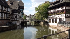 Maison des Tanneurs - English: Corner of the Grand Ile of Strasbourg.