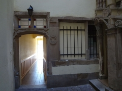 Maison - English: Renaissance portal in the courtyard of a house built in 1579. Strasbourg, France