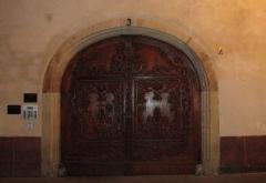 Maisons - English: Baroque door in Strasbourg, France