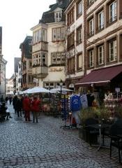 Maison - Deutsch: Gasse im Zentrum von Straßburg.