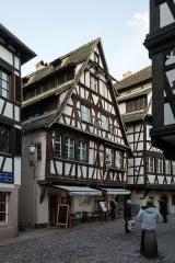 Maison - Deutsch: Die Pflanzbadgasse in Petit France, Straßburg
