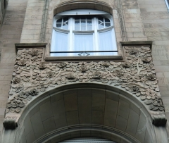 Immeuble - English: Detail of a 1903 Art Nouveau residential building in Strasbourg, France