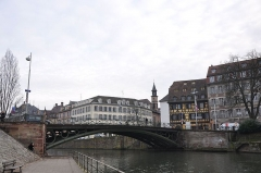 Pont Saint-Thomas -  Pont Saint-Thomas; Église Saint-Louis Strasbourg; L`Ill, Strasbourg, Alsace, France