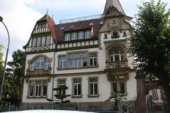 Villa Osterloff -  Manoir_du_Contades_facade_01