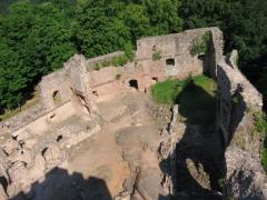 Ruines du château Wangenbourg -  Château de Wangenbourg (XIIIe siècle). Vue du donjon