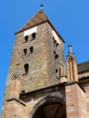Eglise Saints-Pierre-et-Paul - Alsace, Bas-Rhin, Wissembourg, Église abbatiale Saints-Pierre-et-Paul (PA00085247, IA67008036): Tour occidentale romane (XIe).