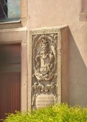Eglise protestante Saint-Pierre - Français:   Alsace, Bas-Rhin, Wolfisheim, église protestante (tour-porche datée de1465)