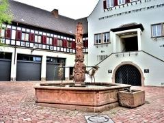 Fontaine de l'Homme Sauvage - Français:   Fontaine de l\'homme sauvage, à Ammerschwihr. Haut-Rhin