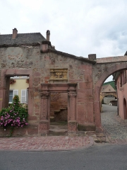 Restes de l'hôtel de ville - Français:   Ammerschwihr (Haut-Rhin): ancien hôtel de ville