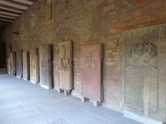 Ancien couvent des Unterlinden - English: Ledger stones in the cloister of the Unterlinden museum