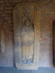 Ancien couvent des Unterlinden - English: Ledger stones in the cloister of the Unterlinden museum