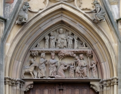 Ancienne collégiale Saint-Martin - Alsace, Haut-Rhin, Ancienne collégiale Saint-Martin (XIIIe-XIVe-XVe) de Colmar  (PA00085368): Tympan du portail principal occidental.