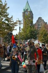 Gare centrale des voyageurs -  Clowns, Colmar, 3 octobre 2009