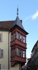Maison - Deutsch: Erker am Haus Ecke rue des Augustins / rue Schongauer in Colmar.