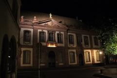 Ancien palais du Conseil Souverain d'Alsace, actuel Tribunal de Grande Instance - English: Night in Colmar, France in August 2013.