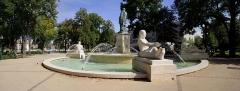 Statue de l'amiral Bruat -  COLMAR...Champ de Mars.