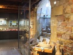 Hôtel de la Couronne, dit aussi Palais de la Régence - Français:   Le musée de la Régence consacre une section à l\'archéologie, l\'homme étant en effet présent depuis plusieurs millénaires sur le ban ensisheimois.