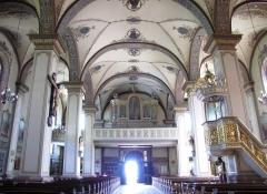 Eglise catholique Sainte-Marie-Auxiliatrice, dite basilique Notre-Dame-de-Thierenbach - Alsace, Haut-Rhin, Jungholtz, Basilique Notre-Dame (1723) de Thierenbach (PA00085469, IA00111918). Vue intérieure de la nef vers l'orgue de tribune.