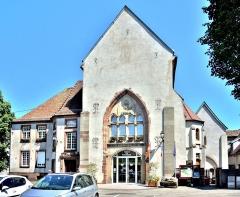 Ancienne abbaye - Français:   Façade de l\'ancienne abbaye de Masevaux. Haut-Rhin