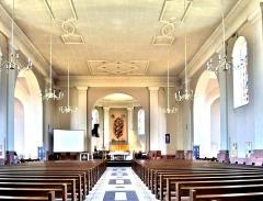 Eglise catholique Saint-Martin - Français:   Nef de l\'église saint Martin de Masevaux. Haut-Rhin