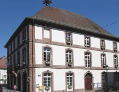 Hôtel de ville - Français:   La mairie (ou l\'hôtel de ville) de Masevaux
