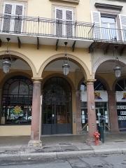 Immeuble bordant la place de la République - Français:   Mulhouse (Haut-Rhin): n° 18, avenue du Maréchal-Joffre, immeuble inscrit aux MH en 1986