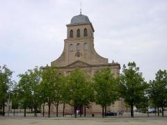 Place d'Armes Général-de-Gaulle (anciennement Place Centrale) -  Church of Neuf Brisach, Alsace, France