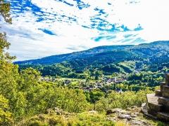 Statue monumentale de la Vierge à l'Enfant dite Vierge d'Alsace ou à l'Offrande - Français:   Panorama sur la vallée de Niederbruck, depuis le pied de la statue de la Vierge d\'Alsace. Haut-Rhin.