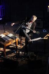 Eglise Saint-Pierre-sur-l'Hâte - Français:   Rodolphe Burger en concert avec Christophe Calpini et Julien Perraudeau à l\'église de Saint-Pierre-sur-l\'Hâte.