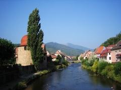 Ancienne enceinte - Deutsch:   Die Thur fließt durch Thann.