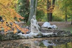 Ancienne orangerie des Hartmann - Français:   Statue de Neptune. Œuvre du sculpteur Landolin Ohmacht, elle provient de l'ancienne propriété Schulmeister à Strasbourg.