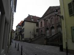 Cour d'Assises - Français:   Rue Berthe-Molly et cour d\'assises à Colmar (Haut-Rhin, France).
