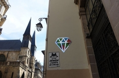 Eglise Saint-Leu-Saint-Gilles -  Street art @ Rue Saint-Denis @ Paris