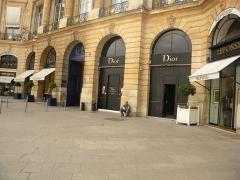 Ancien hôtel Delpech de Chaunot - English: Place Vendome, Dior, Paris (1)