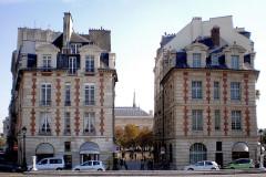 Immeuble - English: Place Dauphine - Paris