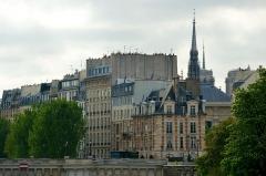 Immeuble -  Quai de l'Horloge, Paris.
