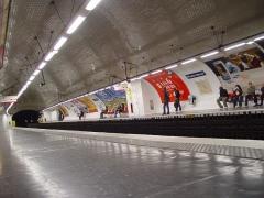 Métropolitain, station Etienne-Marcel -  Station Étienne Marcel, ligne 4, métro de Paris.