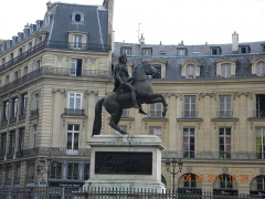 Statue de Louis XIV - English: Statue of Louis XIV in Place des Victoires, Paris