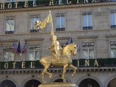 Statue de Jeanne d'Arc - English: Statue of Jeanne d'Arc in Paris, Place des Pyramides