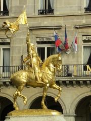 Statue de Jeanne d'Arc -  JOAN D'ARCH - RIVOLI