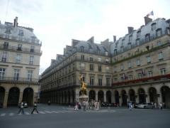 Statue de Jeanne d'Arc -  Place des Pyramides, Paris