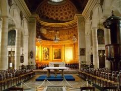 Eglise Notre-Dame-de-Bonne-Nouvelle - Français:   Chœur et nef de l\'église Notre-Dame de Bonne-Nouvelle