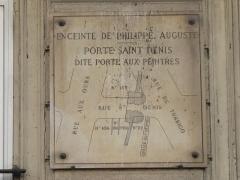 Enceinte de Philippe-Auguste - English: Plaque at the place of
