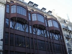 Immeuble, ancien siège du quotidien Le Parisien Libéré -  124 Rue Reaumur; Industrial and commercial building - detail