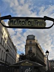 Métropolitain, station Quatre-Septembre -  Métro 4 Septembre
