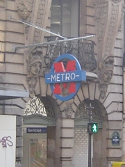 Métropolitain, station Sentier -  cropped from Image:Paris metro3 - Sentier - entrance.jpg