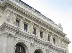 Théâtre de l'Opéra-Comique, dit salle Favart - English: Cariatides´ detail in the Paris Opera comique from Zinneke´s Image:Opéra comique Paräis1.JPG